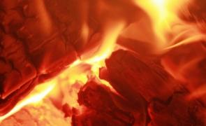 foc de lemne